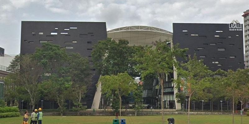 Laselle School Near to Midtown Modern